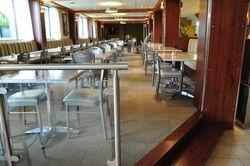 Salle à manger du restaurant l'Hôtel Castel Spa Confort