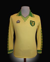 Admiral Match Worn Norwich Kevin Reeves Shirt