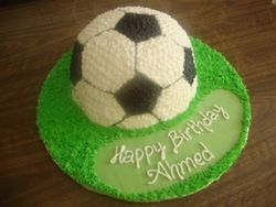 Half soccer ball Cake (B113)