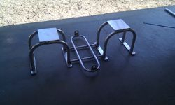 Seat/cooler bracket