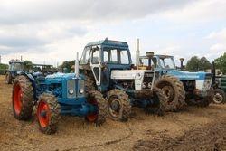 Selene, Roadless & County tractors