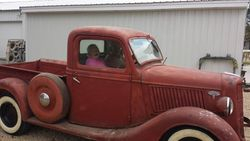 1.36 Ford pickup.