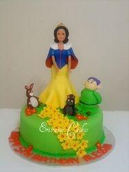 Snow White Cake (B006)