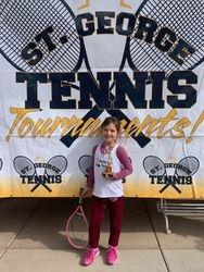 Violetta 3rd place Girls 10s orange
