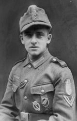 Young Wehrmacht Fallschirmjäger:
