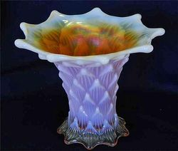 "Lined Lattice, 5"" squatty vase, peach opal"