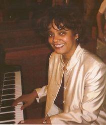 Dona's piano