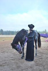 Lady Raven & Skeleton