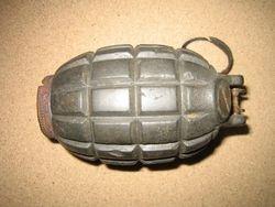 Mills 36 Grenade