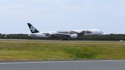 Air New Zealand Boeing 777-300ER ZK-OKO