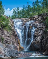 BELIZE, MOUNTAIN PINE RIDGE. ONE OF NUMEROUS WATER FALLS