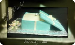 engagement box with ring cake