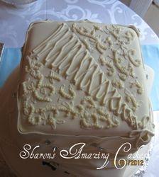 Top Tier of Wedding Cake 51