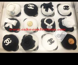 Chanel Inspired Cupcakes
