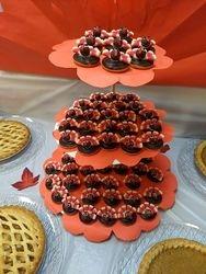 Cupcakes & Pop Cakes 24