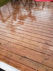 Deck protected from hail