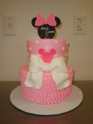 25 serving 2 tier Minnie Mouse with bow $135