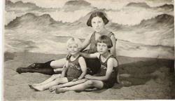 Lola Madonna King and girls