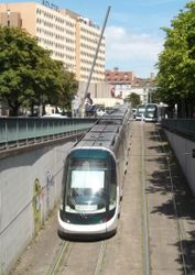 Entrance to the tunnel for Place de la Gare