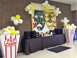 Balloon Arch Pop Corn - Movies' Theme