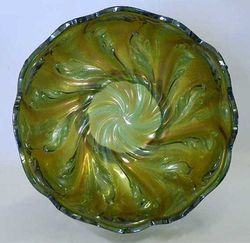 Acanthus deep round bowl, green