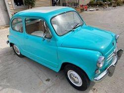 40. 65 Fiat 500