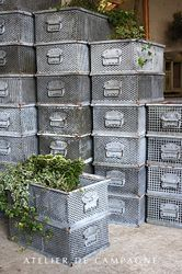 #21/040 45 Metal Crates