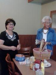 Las Donas Ladies, Carolyn and Donna