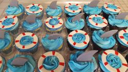 shark and life preserver cupcakes