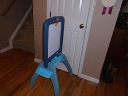 Step 2 All Around Easel For Two - $25