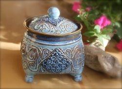 Tripod Jar ~ Store Your Tea!