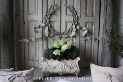 Vignette Wreath #22/225 and Jardiniere #22/260