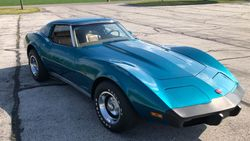 12.75 Chevrolet Corvette Stingray.