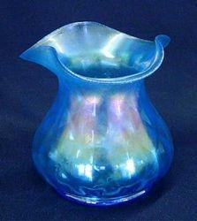 Concave Diamonds vase ? - celeste blue