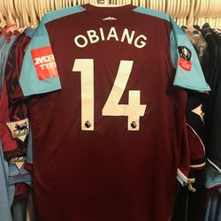 Pedro Obiang worn home 2017/18 FA cup shirt