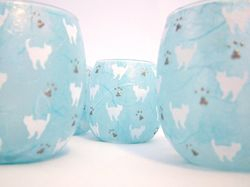 Pale Blue and White Mussy Cats