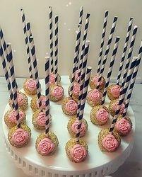 Cupcakes & Pop Cakes 29