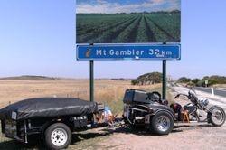 Triker & Camper at the SA Border
