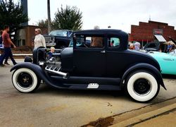 48.28 Hot rod Ford