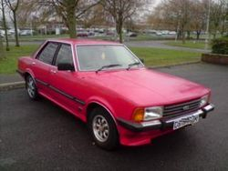 1980s cortina saloon