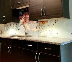 The Luscri Back splash