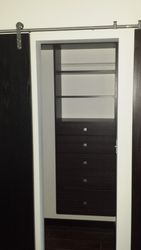 Closet built in