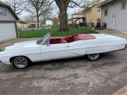 21. 67 Pontiac Bonneville