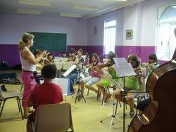 Ensayo de la orquesta de E. Elemental