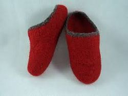 Felted slipper clogs