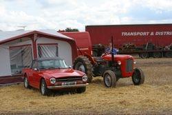 TR6 & MF35 4cyl