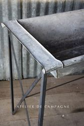 #28/002 ZINC TROUGH DETAIL