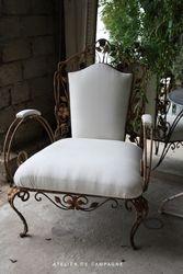 #19/253 Salon + 2 Chairs