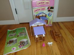 Lincoln Logs Country Meadow Cottage - $35
