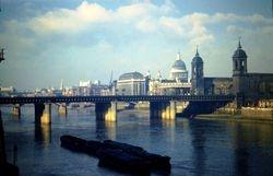 643 Cannon st. Rail Bridge London